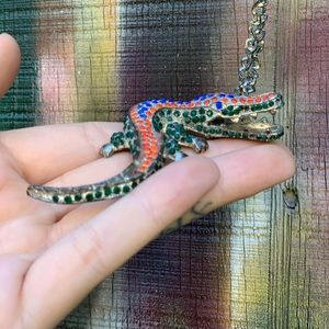 Jewelry - Bedazzled Florida Gator necklace